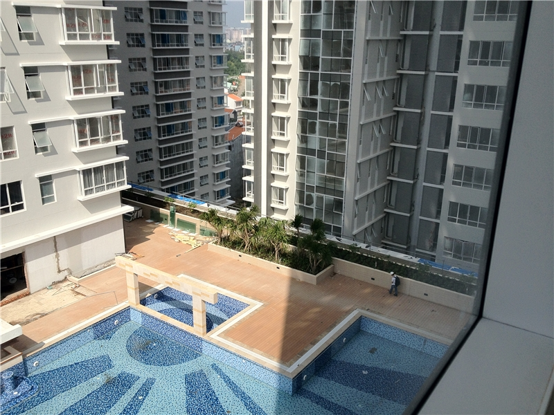 Khu chung cư cao cấp Sunrise City tọa lạc tại khu vực ven sông Sài Gòn khá trong lành, thoáng mát