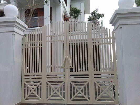 kích thước cổng sắt 4 cánh