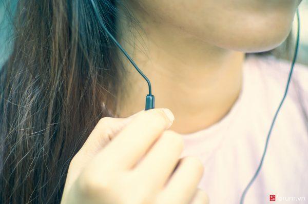 Sforum - Trang thông tin công nghệ mới nhất DSC_6071_1 Đánh giá tai nghe JBL C150SI: anh hùng áo vải