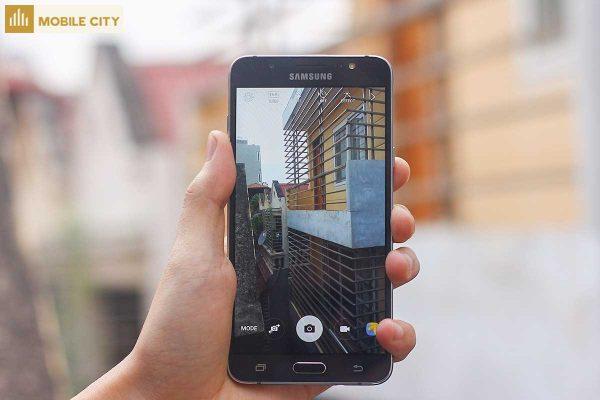 Camera Samsung Galaxy J7 2016