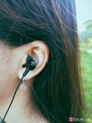 Sforum - Trang thông tin công nghệ mới nhất IMG_20181028_083709 Đánh giá tai nghe JBL C150SI: anh hùng áo vải