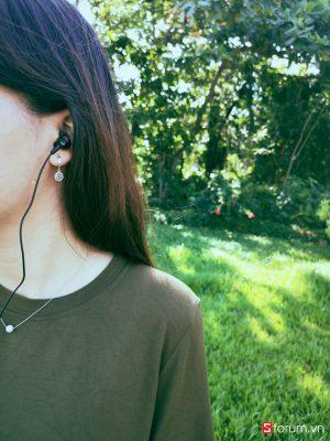 Sforum - Trang thông tin công nghệ mới nhất IMG_20181028_083756 Đánh giá tai nghe JBL C150SI: anh hùng áo vải