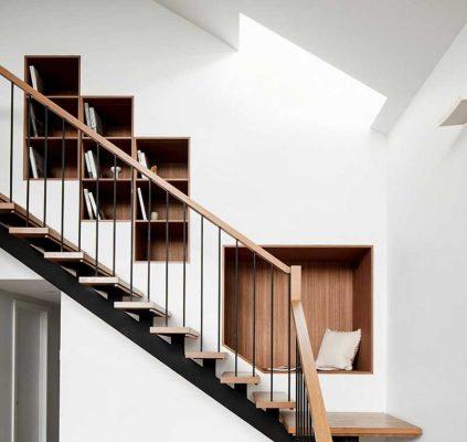 Thiết kế âm tường cũng được áp dụng ở những vị trí như tủ bếp, cầu thang