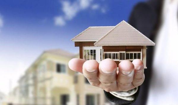 """Tâm sự của một môi giới bất động sản: """"Làm việc liên tục 3 tháng ..."""