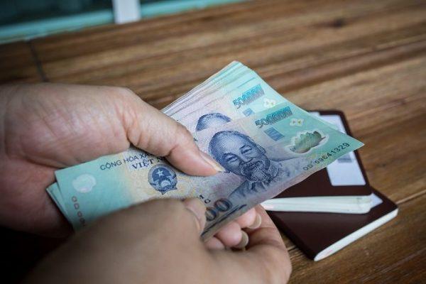 Học cách tiết kiệm tiền